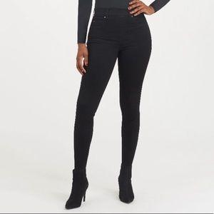 Spanx Ankle Skinny Black Pull-On Jeans